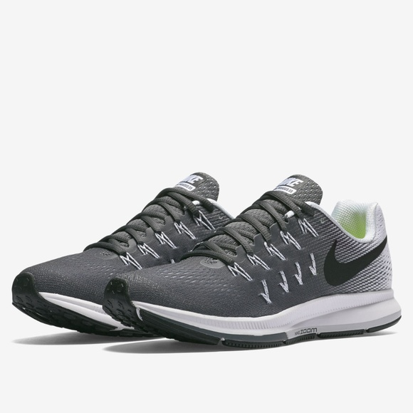 886a0d7a9350 Nike Air Zoom Pegasus 33 Running Shoes